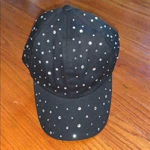 NWT Mudd ladies Velcro close baseball style hat.